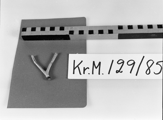 KrM129Y85.jpg