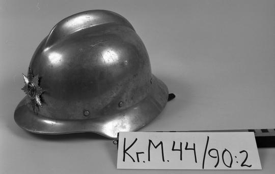 KrM44Y90_2.jpg
