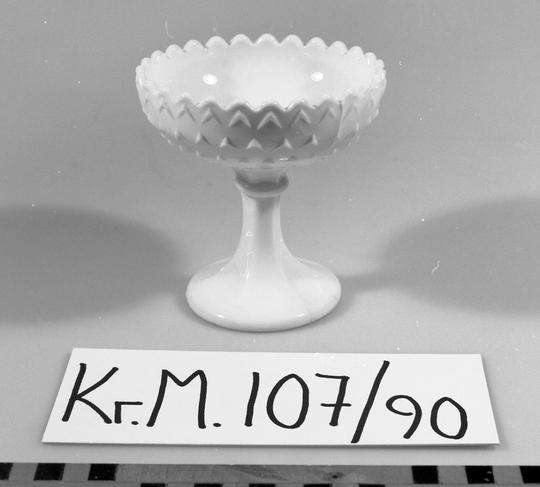 KrM107Y90.jpg