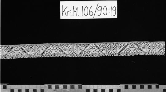 KrM106Y90_19.jpg
