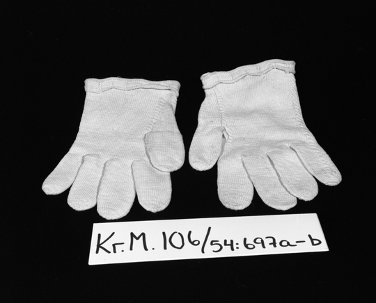 KrM106Y54_697a-b.jpg