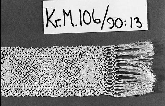 KrM106Y90_13__B.jpg
