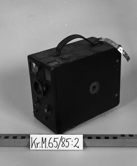 KrM65Y85_2.jpg