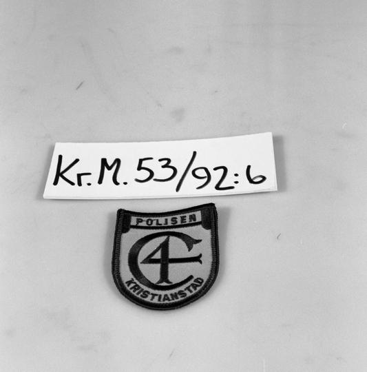 KrM53Y92_6.jpg