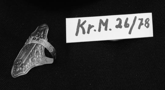 KrM26Y78__B.jpg