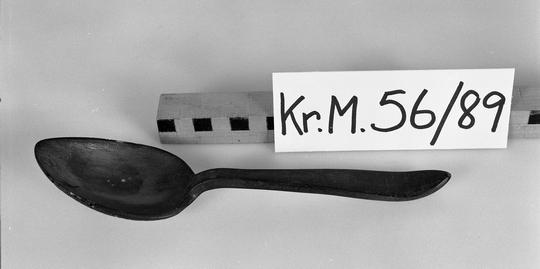KrM56Y89.jpg
