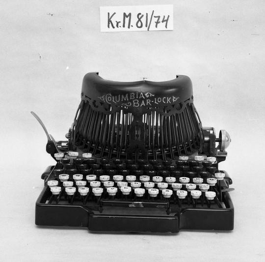 KrM81Y74.jpg