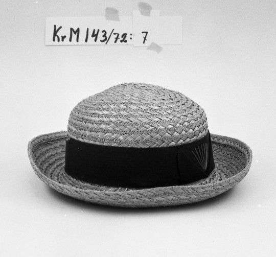 KrM143Y72_7.jpg