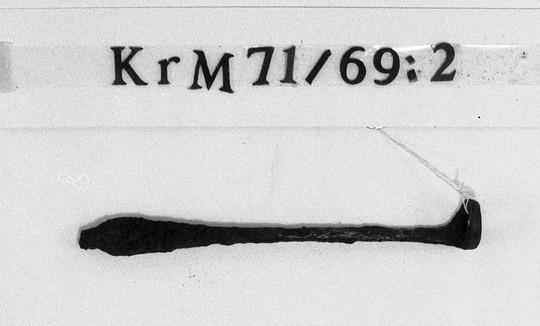 KrM71Y69_2.jpg
