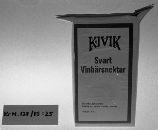 KrM127Y85_25.jpg