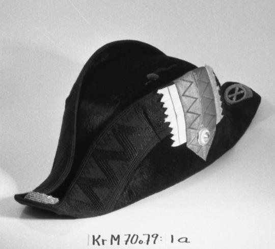 KrM70Y79_1a.jpg