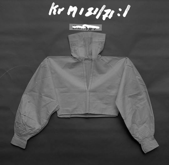 KrM121Y71_1.jpg