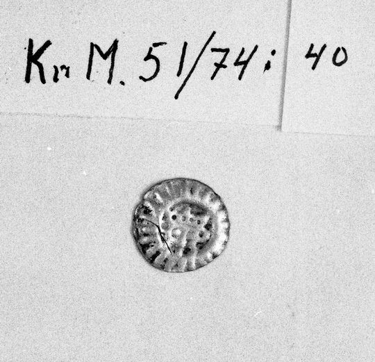 KrM51Y74_40.jpg