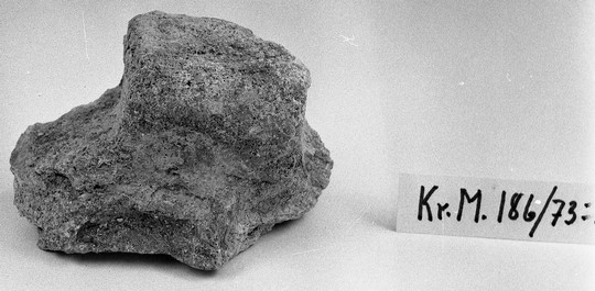 KrM186Y73_2.jpg