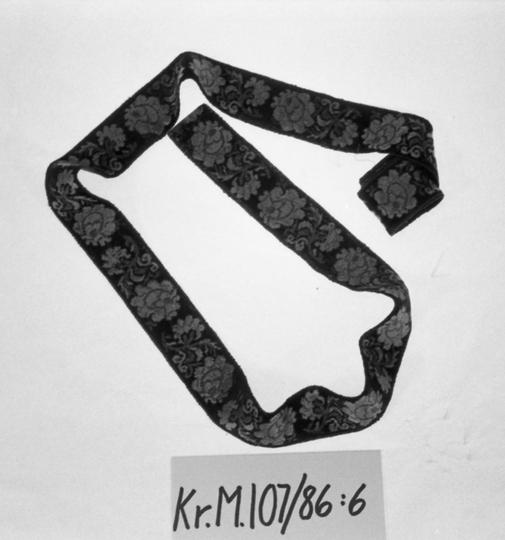 KrM107Y86_6.jpg