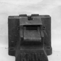 KrM124Y71_1.jpg