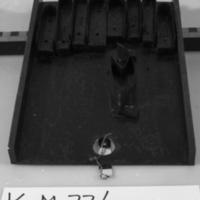 KrM77Y88_9a-c.jpg