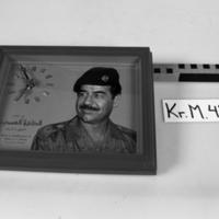 KrM43Y90.jpg
