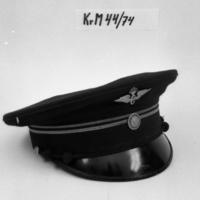 KrM44Y74.jpg