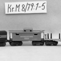 KrM8Y79_1-5.jpg