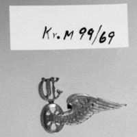 KrM99Y69.jpg