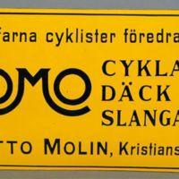 KrM109Y81_2.jpg