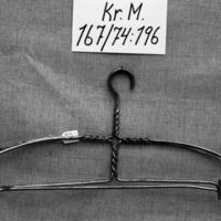 KrM167Y74_196.jpg