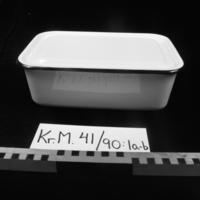 KrM41Y90_1a-b.jpg