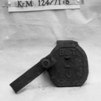 KrM124Y71_8.jpg