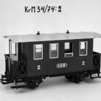 KrM34Y74_2.jpg