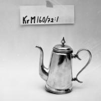 KrM160Y72_1.jpg