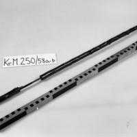 KrM250Y58_a-b.jpg