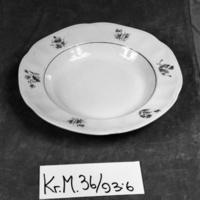 KrM36Y93_6.jpg