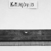 KrM141Y74_13.jpg