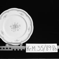 KrM35Y89_8b.jpg