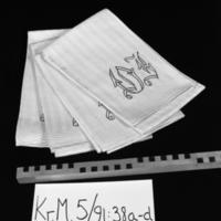 KrM5Y91_38a-d.jpg