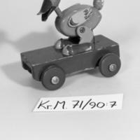 KrM71Y90_7.jpg