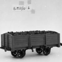 KrM81Y72_6.jpg