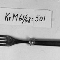 KrM61Y68_501.jpg