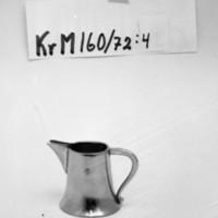 KrM160Y72_4.jpg